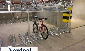 Kaksitasoinen polkupyöräteline
