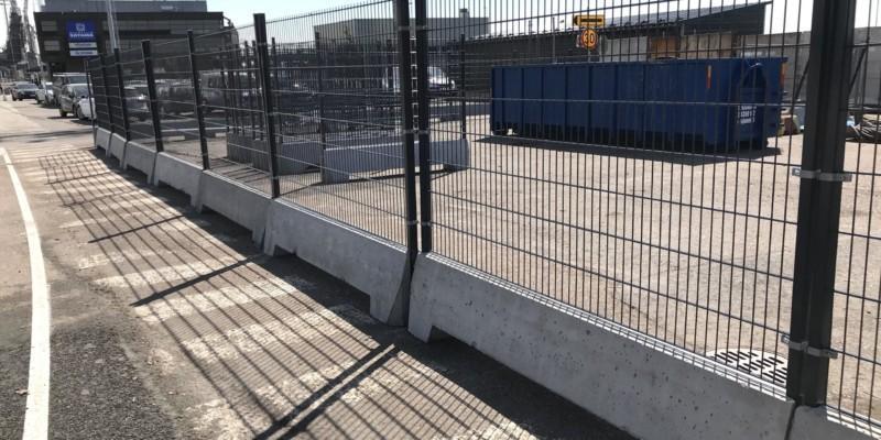 Sataman aidat ja portit varmistavat turvallisuuden Naantalissa